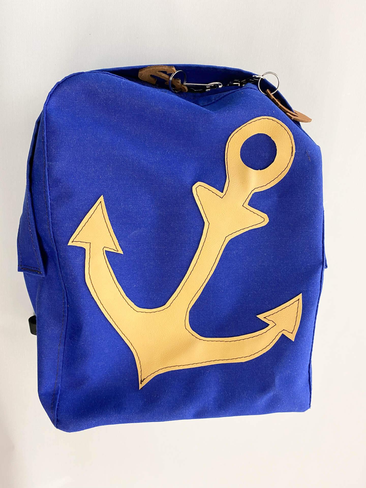 Blauer maritimer Rucksack mit Ankersymbol